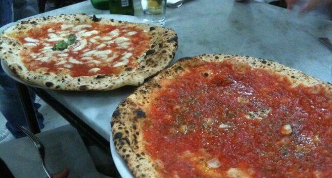 Pizza a nápolyi Da Michele pizzériából